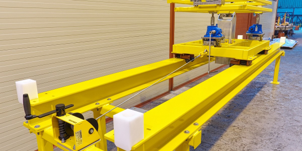 Positioning Tool and Trolley. Static & Dynamic Load Test