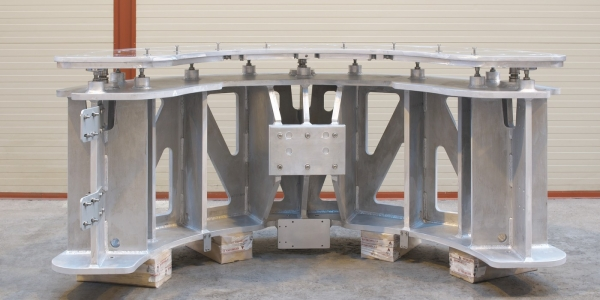 Detector support assembly